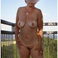 Femme naturiste sexy a envie d'un plan cul