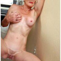 Femme retraitée cherche une aventure sexuelle